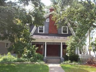 1512 E Schantz Ave, Dayton, OH 45419