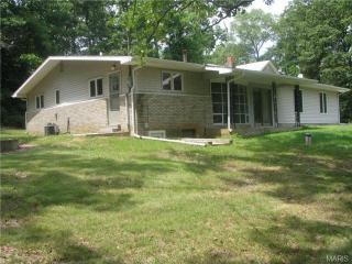 9211 Stonewall Dr, Bloomsdale, MO 63627