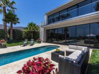 32802 Pacific Coast Highway, Malibu CA