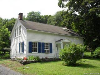 613 Zena Rd, Woodstock, NY 12498