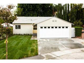 15733 Covello St, Lake Balboa, CA 91406