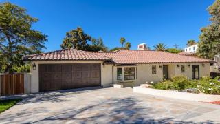 709 Yarmouth Rd, Palos Verdes Estates, CA 90274