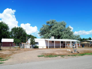 1710 Winchester Dr, Bosque Farms, NM 87068