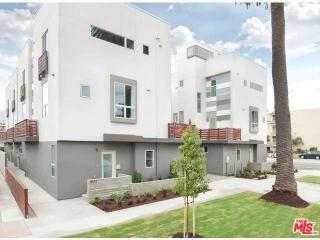 11806 Washington Place, Los Angeles CA