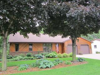 2665 Kathy Dr, Green Bay, WI 54311