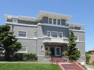 8 Sea Cliff Avenue, San Francisco CA