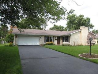 340 North Village Drive, Centerville OH