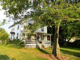 34 Shaker Rd, Somers, CT 06071
