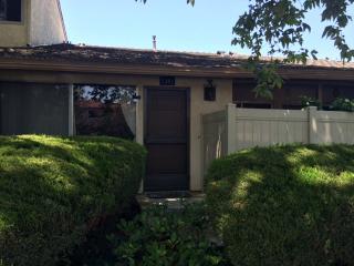 1381 Ramona Dr, Newbury Park, CA 91320