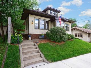 1615 East 40th Street, Minneapolis MN