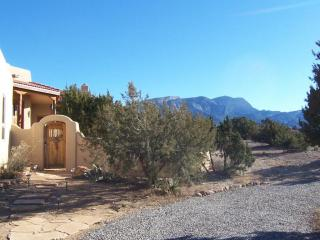 33 Chaparral Road, Placitas NM