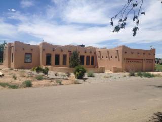 26 Haciendas Del Valle, Peralta, NM 87042