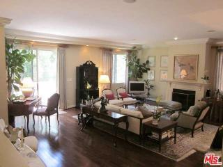 315 N Swall Dr #305, Beverly Hills, CA 90211