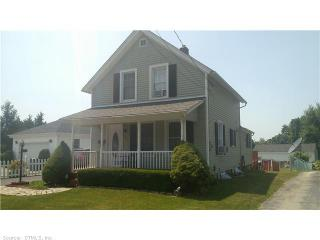 144 Clark Ln, Waterford, CT 06385