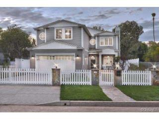 14319 Greenleaf St, Sherman Oaks, CA 91423