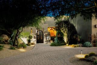 9927 E Chuckwagon Ln, Scottsdale, AZ 85262