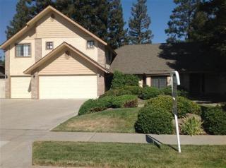 6554 N Fruit Ave, Fresno, CA 93711