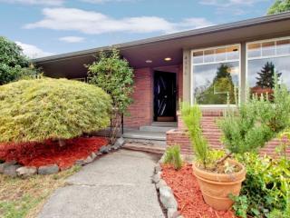 4556 Purdue Ave Ne, Seattle, WA 98105
