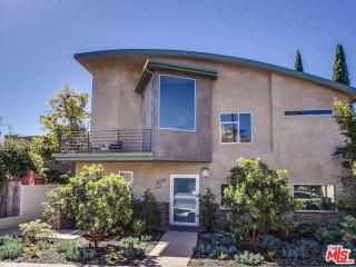 9008 Keith Ave #2, West Hollywood, CA 90069