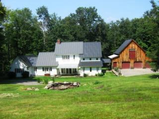 1026 Hall Ranch Rd, Grafton, VT 05146