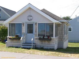 9 Weymouth Ave, Old Orchard Beach, ME 04064