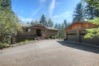 229 Sunrise Ln, Lakeside, MT 59922