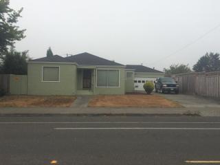 1317 J St, Eureka, CA 95501