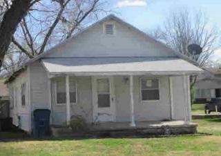 1203 W 1st St, Coffeyville, KS 67337