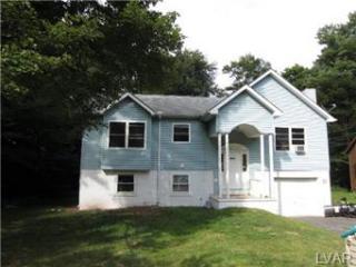 1296 Winding Way, Coolbaugh Township, PA 18466