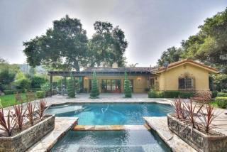 363 Riverside Rd, Oak View, CA 93022