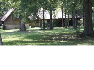 1205 Hickory Ln, Terry, MS 39170