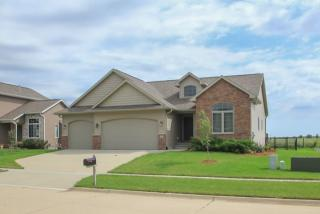 590 Strathmoor Dr, North Liberty, IA 52317
