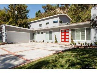 16363 Royal Hills Dr, Encino, CA 91436