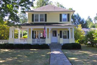 4 Oak Rd, Briarcliff Manor, NY 10510