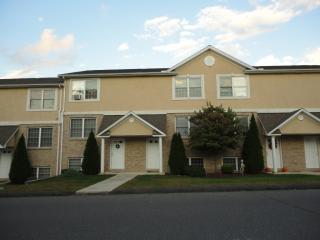 17 Geddes Terrace, Waterbury CT