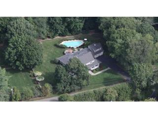 21 Old Studio Rd, New Canaan, CT 06840