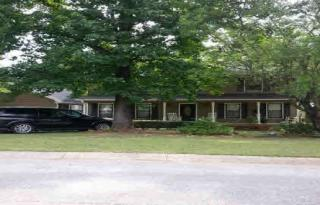 805 Edgewood Dr, Anniston, AL 36207