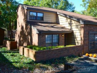 4208 Knob Oak Ln, Charlotte, NC 28211