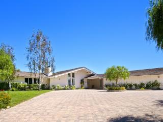 13 Buggy Whip Dr, Rolling Hills, CA 90274
