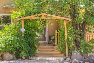 625 Camino Sin Pasada, Corrales, NM 87048