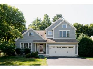 9 Wyndbrook Cir, Exeter, NH 03833