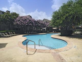 12360 Richmond Ave, Houston, TX 77082