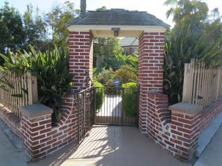 301 South La Peer Drive, Beverly Hills CA