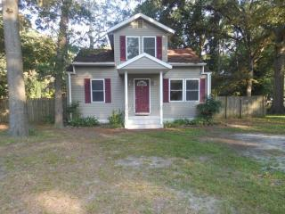 611 Clyde Ave, Fruitland, MD 21826