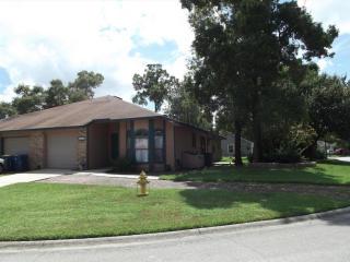10142 Geni Hill Cir N, Jacksonville, FL 32225