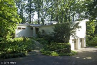 8 Waters Rd, Severna Park, MD 21146