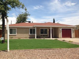 3125 N 38th St, Phoenix, AZ 85018