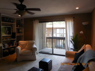 915 Fulton Ave, Sacramento, CA 95825