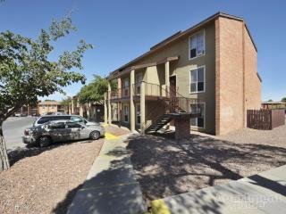 151 S Resler Dr, El Paso, TX 79912