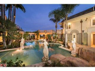 11459 Bellagio Rd, Los Angeles, CA 90049